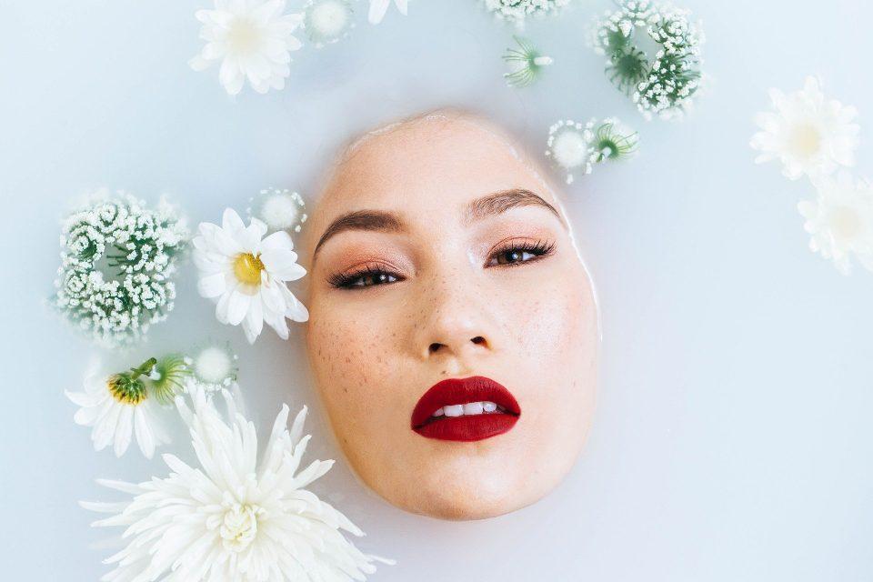 kąpiel w wannie - jakie kosmetyki warto sprawdzić?