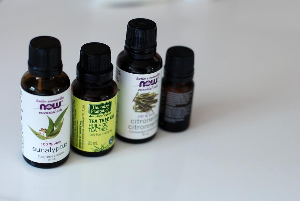 Jakie zalety ma naturalny olejek Nacomi ze słodkich migdałów?